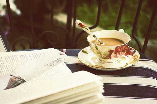 coffee n books image